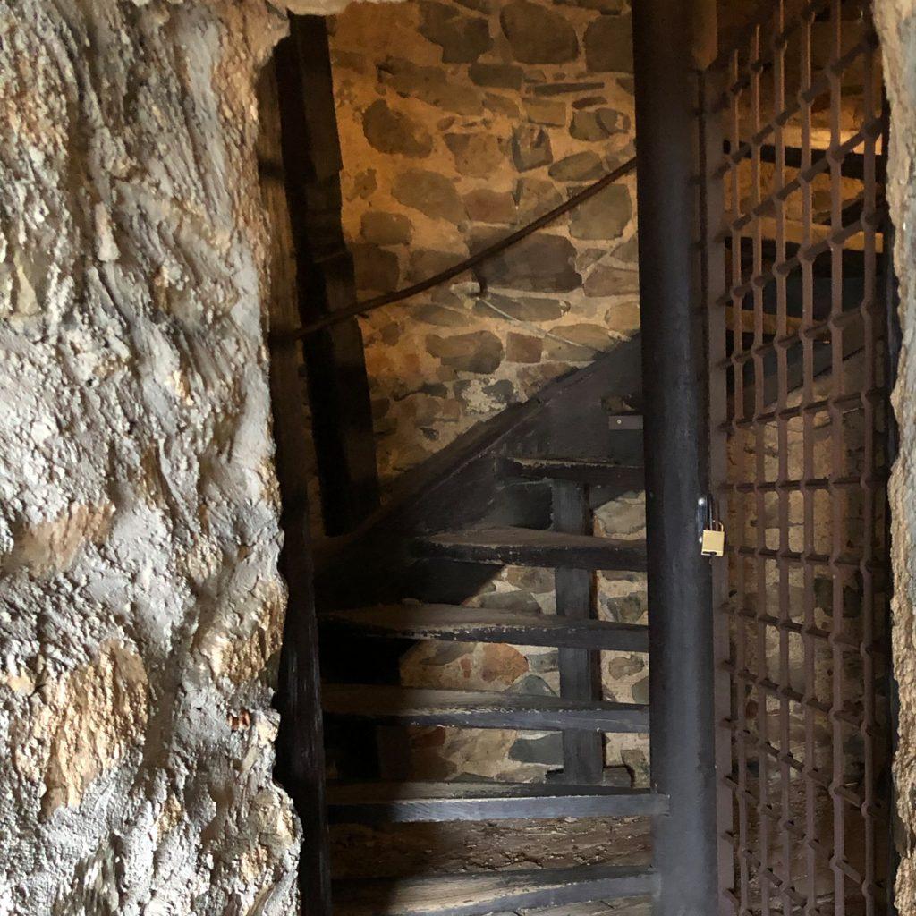 kreativ-fee_Alsbacher-Schloss_Treppe_Turm